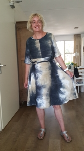 Zelfgemaakte jurk